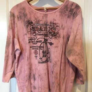 💜 3 for $15. Pink top